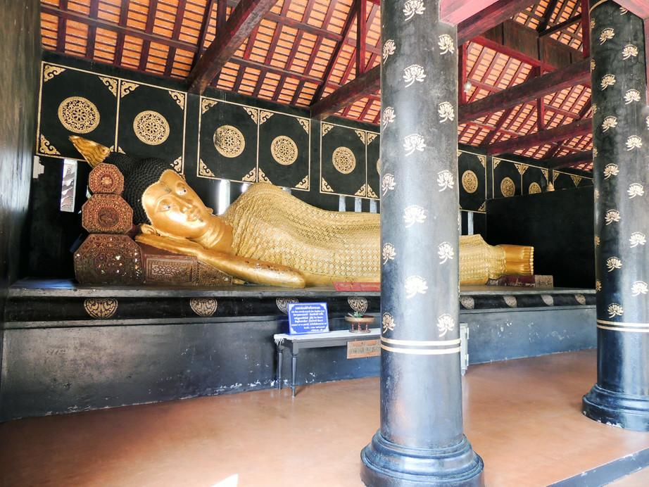 Bouddha couché.jpg